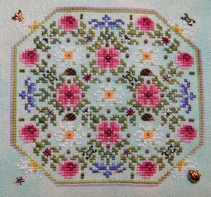 StitchinKat's Pawprints Blog: March Just Nan flowers!