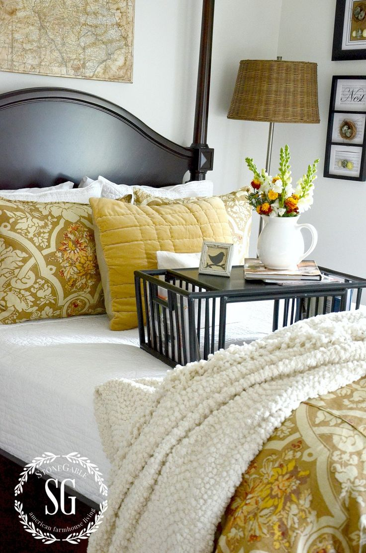 LAYERING BEDDING LIKE A DESIGNER- Easy to do tips for making a fabulously stylish bed-stonegableblo...