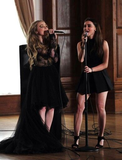 HEY GUYS PLS FOLLOW ME KELLY M.C, AND I WILL FOLLOW U BACK THX!!!!!!! Sabrina Carpenter is so amazing and shines bright as a role Model for all of us. she is so beautiful and talented and let no one tell her otherwise!!! WE ALL LUV YOU AND SUPPORT YOU SABRINA!!!!!!!!! And guys if you haven't seen Sabrina Carpenters new song 'On Purpose' pls go see it!!! It is so awesome just like all of her songs!!