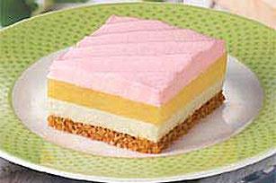 Strawberry Lemon Cheesecake Bars | Home Sweet & Savory Home | Pintere ...