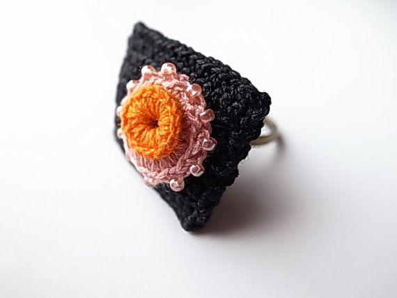 Ierse haak Lace sieraden bakstenen Ring van DorisChiStudio op Etsy
