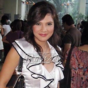 Vina Morales, walang dahilan para madamay sa isyu ni Vhong Navarro  http://www.pinoyparazzi.com/vina-morales-walang-dahilan-para-madamay-sa-isyu-ni-vhong-navarro/