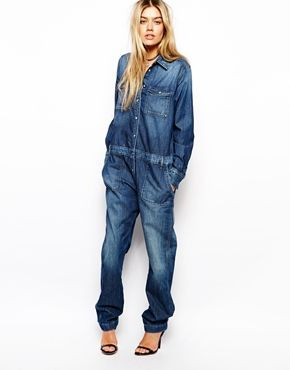 How cool is this jumpsuit? I'll definitely be rocking head to toe denim.