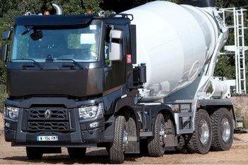 Компания Renault Trucks расширяет применение навигационного приложения NavTruck, предлагая новую функцию предупреждения водителя о возможном опрокидывании автобеносмесителя - Mixer Rollover Alert.