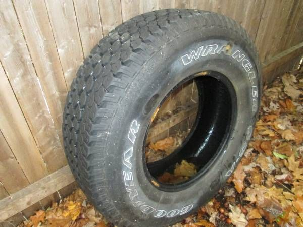 Goodyear tire for Jeep Wrangler (Gray, Maine) $30: Jeep Wrangler Goodyear tire. 30×9.5R15. Was spare tire, never used. Excellent tread.…