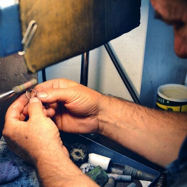 Polishing one of our client's #jewelry to keep it looking #beautiful for more years to come  #OrosergioJewellery
