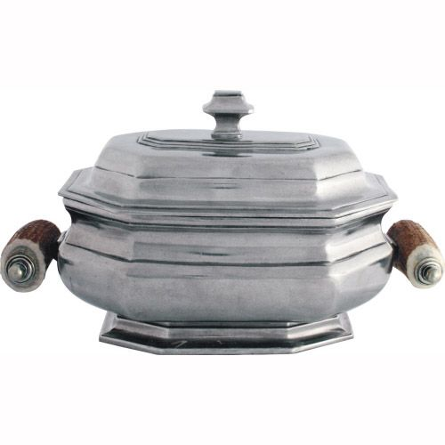 Vagabond House's elegant, traditional tureen recalls the fine metal work done in Old Sheffield, England.Large enough to feed a hungry crowd on a chilly day, elegant enough for a holiday...