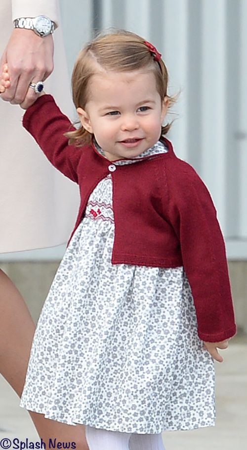 cambridges-leave-canada-charlotte-showing-outfit-500-x-950-splash