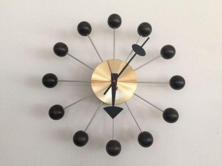 #Vitra #Ball #Clock Nero/Ottone Special price: € 270,00 (-21%)