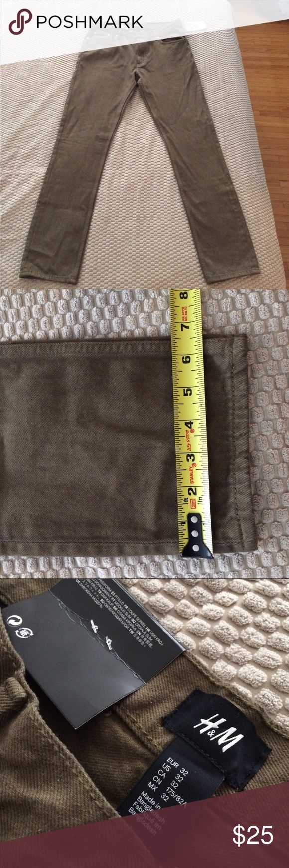 H&M Men's slim fit casual pants H&M men's Slim-fit brown pants Brand-new with tags Slim fit. Very cool style!  100% cotton  32 waist  30 inseam H&M Jeans Slim