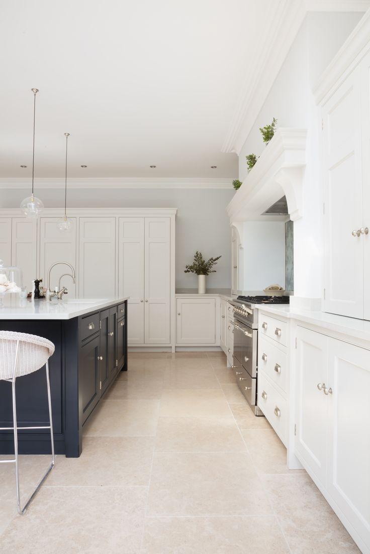 Open Plan Luxury Kitchen, London