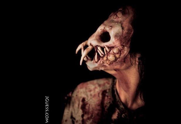 terrifying halloween makeup