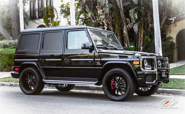 Mercedes-Benz G63 AMG with Custom Wheels by CEC in Los Angeles CA . Click to view more photos and mod info.