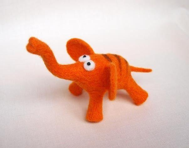 Tiere & Monster - Elefant gefilzt - ein Designerstück von veverka777 bei DaWanda