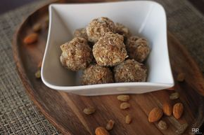 Antina Unde / Dried Fruits Laddu with Edible Gum