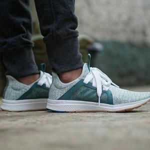 pretty nice fc28c 86018 Jual Adidas Edge Lux Bounce (ORIGINAL ITEM) Baru  Sepatu Pria ...  Dream  closet  Pinterest  Things that bounce, Adidas outfit and Adidas