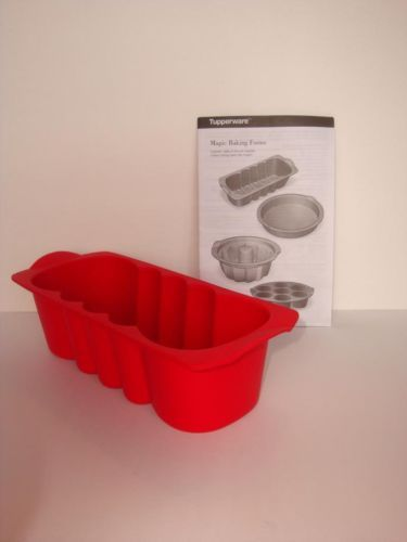 Tupperware-Silicone-Baking-Form-Loaf-Form-Silicon-Red-New-w-Directions-Bread