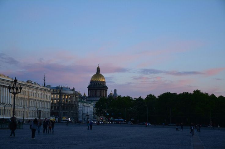 Evening walk-Palace square