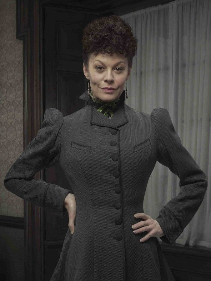 Penny Dreadful | Season 2 | Helen McCrory as Madame Kali or Evelyn Poole | Showtime