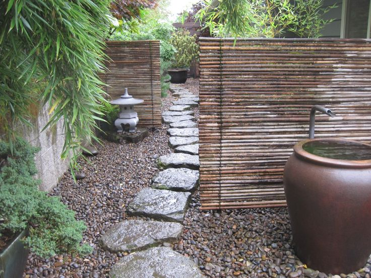 Garden Screen Designs outdoor privacy screens what is it about lattice fences that add to a garden Best 20 Garden Screening Ideas On Pinterest