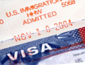 Thousands of Immigrants Become US Citizens to Mark Presidents' Day ~ Travel and Immigration 101