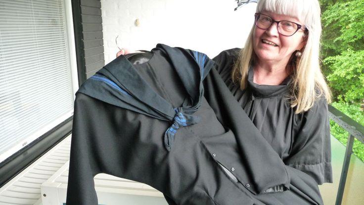 Seinäjokelainen tekstiilialan opettaja Riitta Linnola-Jokiranta havaitsi omistavansa ainutlaatuista tietoa naisten körttipuvun valmistuksesta, kun hän neljä vuotta sitten ilmoittautui osallistujaksi körttipuvun ompelukurssille.