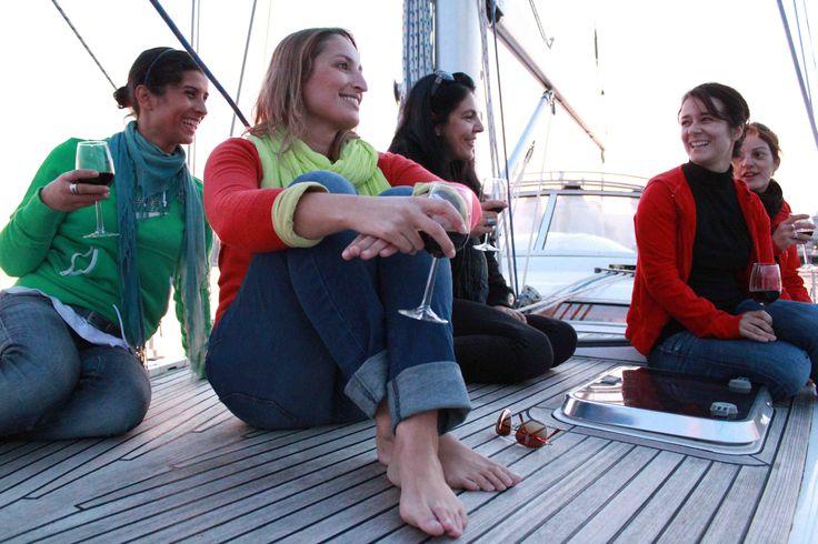 Un tour en voilier ? Un coucher de soleil observé depuis la mer ? Sans doute l'activitée la plus demandée !