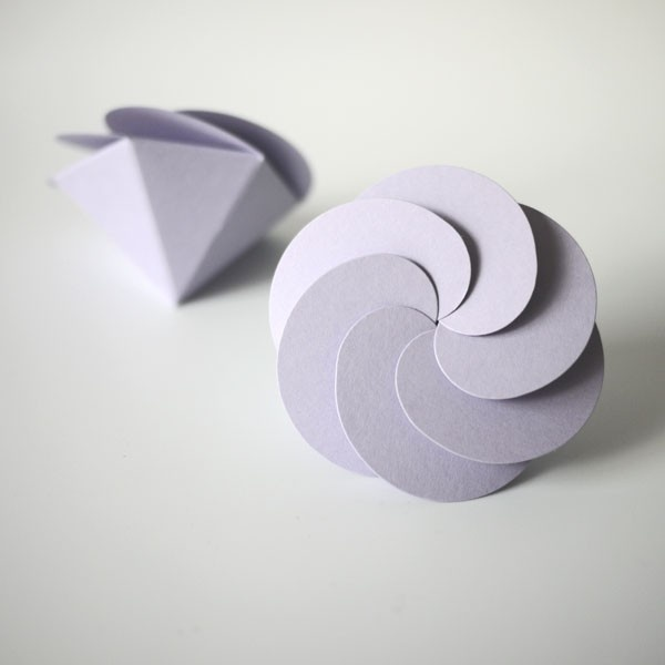 look a simple paper craft, but it is interest