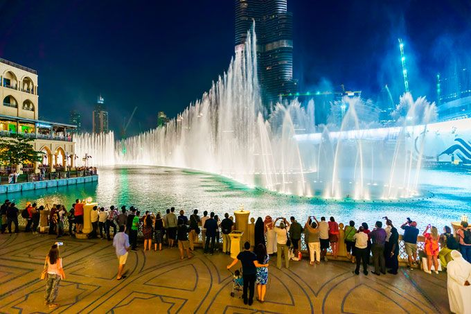 Sights and attractions - Places of interest - The Dubai Fountain and Lake Ride - Discover Dubai
