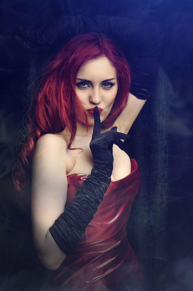 Макияж, модель - Stefano Dee http://vk.com/club29133479 Фото - Рыжая Кошка http://vk.com/id.house Прическа - Александра Иванченко http://vk.com/id_alohaoi Фотостудия - Премиум-Фото http://premium-foto.ru/ #Cosplay #Jessica Rabbit #girl #photo #fashion #costumes #gothic #flowers #inspiration #color #Dress #Model #photostudio #MUAH #makeup #hairstyle