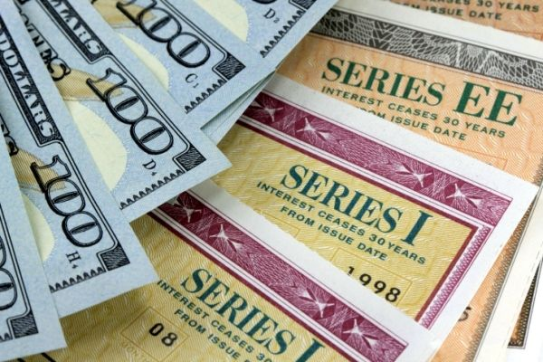 "US Savings Bonds 101 - Why these ""un-sexy"" investments may be right for you."