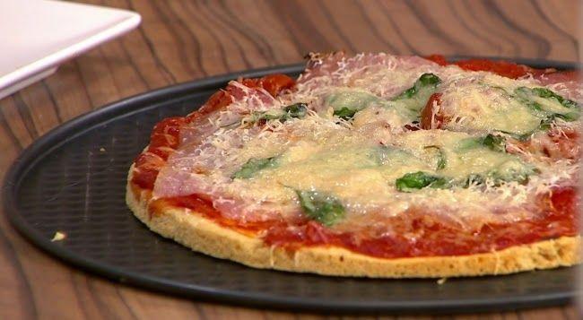Kettő az egyben Paleo hamburger és Paleo pizza recept, avagy hogyan készítsünk egy receptből két közkedvelt nagyon finom ételt paleosítva?     RECEPTEK  2in1 PALEO HAMBURGER ÉS PIZZA TÉSZTA KÉSZÍTÉSE:        Hozzávalók: Száraz hozzávalók:   100 g mandula őrlemény(natúr darált