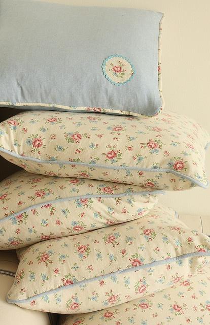 Sweet cushion covers