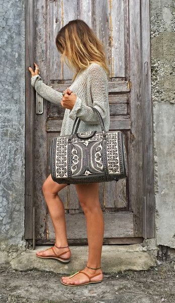Looking for a beautiful tote that can carry all your belongings and take you from day to night? This is the best looking vegan bag for the conscious consumer.