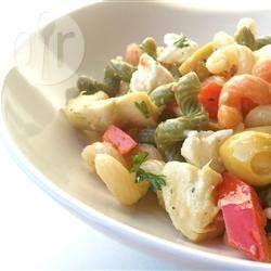 Pastasalade met feta en olijven @ allrecipes.nl