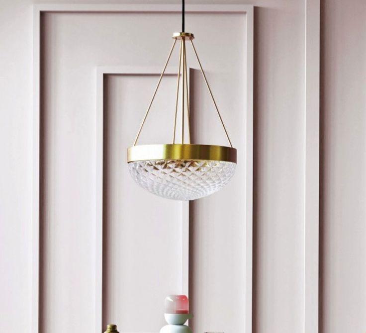 Lélégante suspension rays signée matteo zorzenoni pour la maison italienne mm lampadari