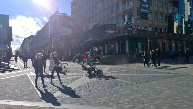 Kävely- eli Kauppakatu, Jyväskylä 12.4.2014.