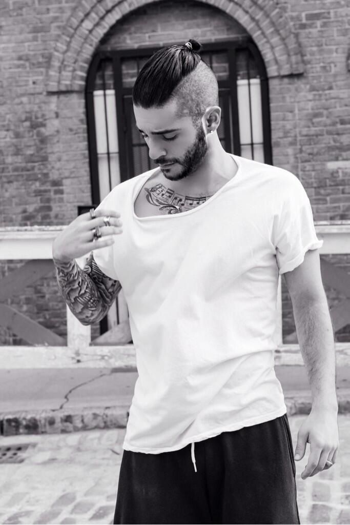 JON BELLION <3 been obsessed with his music lately so creative and original