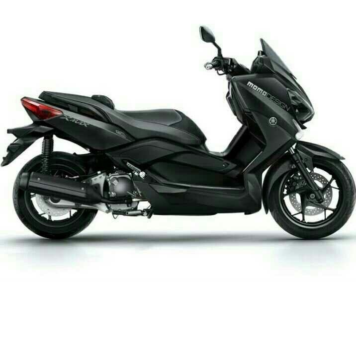 Yamaha Xmax Momo Design✌