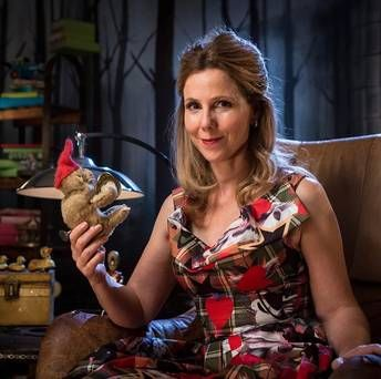 Sally Phillips (Tilly on Miranda) appears on new show Crackanory - starts Wednesday, 13 November on Dave