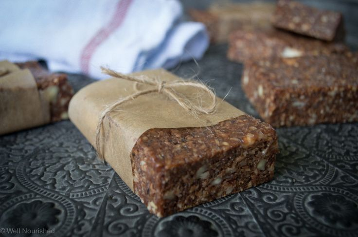 Protein Power Bars -this whole foods, protein rich bar is perfect for a school holiday or after school snack & great for hungry teens. Intolerance friendly too.