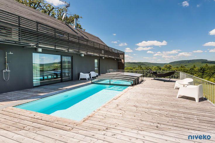 NIVEKO Skimmer Top Level » niveko-pools.com #lifestyle #design #health #summer #relaxation #architecture #pooldesign #gardendesign #pool #swimmingpool #pools #swimmingpools #niveko #nivekopools