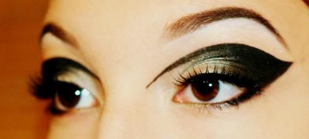 Velvet Eyes fir @FAUX LASH holiday competition http://www.makeupbee.com/look.php?look_id=72611