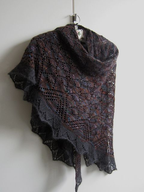 Knit Lace Shawl - Morrigan FREE Ravelry Pattern