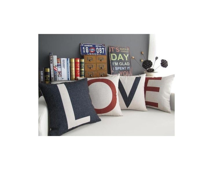 Love , σετ 4 διακοσμητικά μαξιλάρια,9,90 €,http://www.stickit.gr/index.php?id_product=17599&controller=product