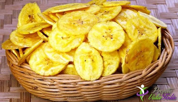 Descrição: Mais uma opção de lanchinho, Aprenda a fazer um Chips delicioso com a famosa Banana Verde. #lanche #saudável