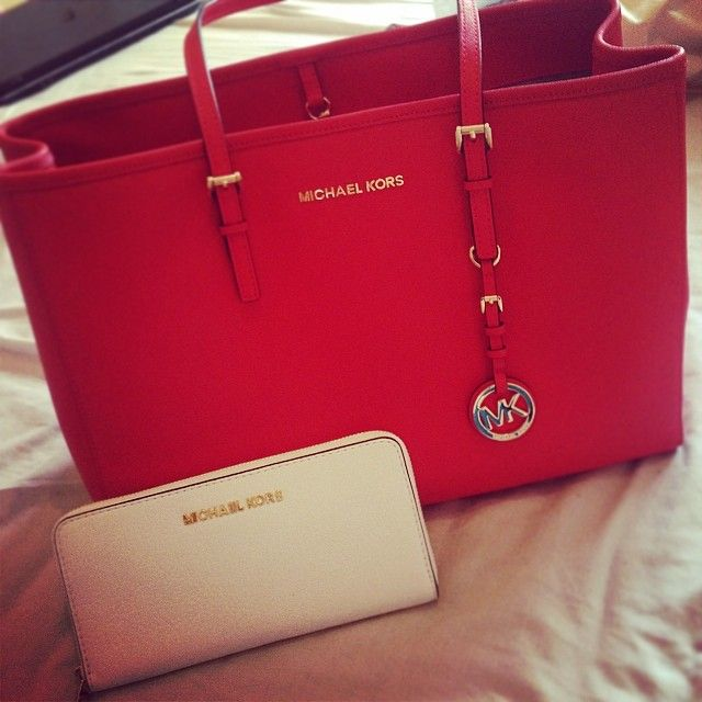 discount handbags outlet vsrs  Shop the full collection of #Michael #Kors #Handbags