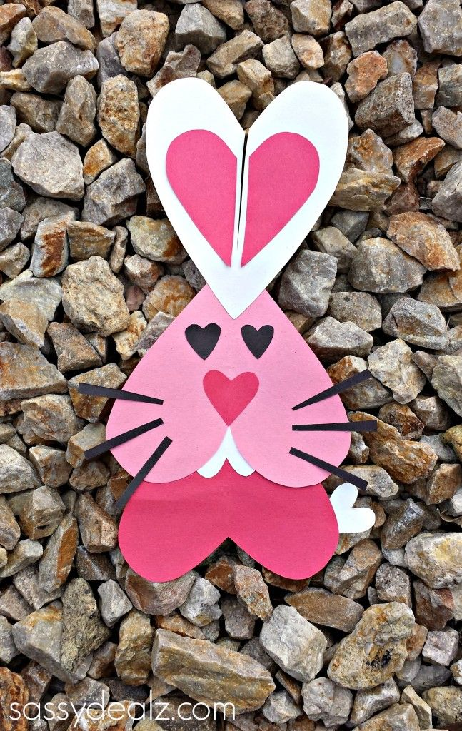 This heart bunny rabbit craft was made for Valentine's but could be incorporated for Easter!