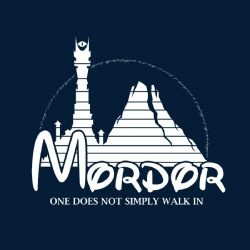 Camiseta El Señor de los Anillos. Mordor como Disney