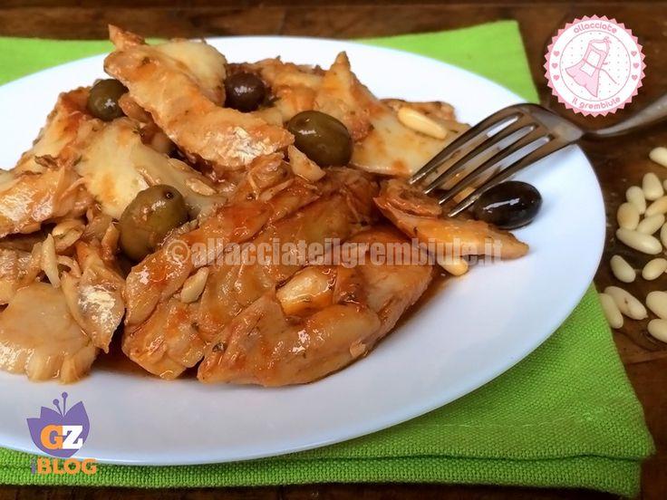 Lo stoccafisso accomodato genovese è una ricetta semplice veloce e gustosa tipica della mia città.